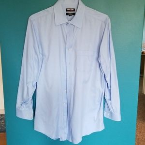 Men's broadcloth dress shirt